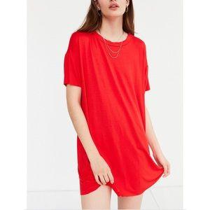 UO silence + noise red boxy t shirt shift dress